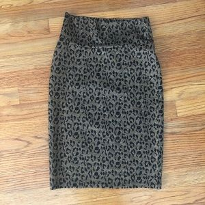 Sparkly black and gold leopard pencil skirt